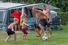 Kids voetballen